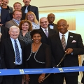 Chancellor Motley cuts the ribbon on University Hall