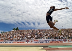 This is a picture of Marion Jones at a track and field event.