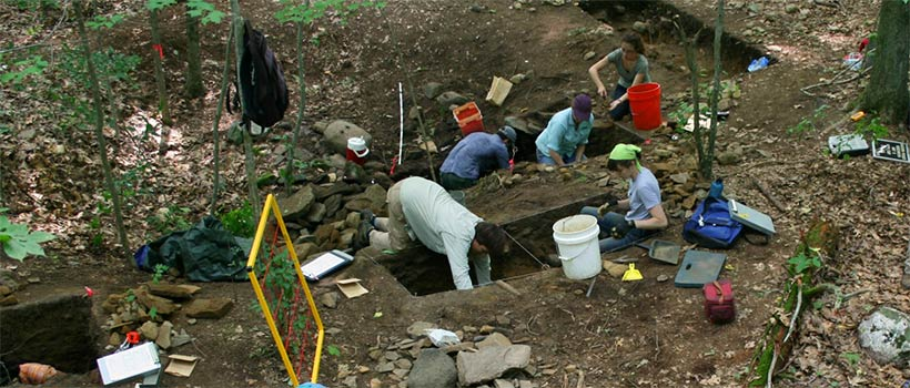 Students at excavation site