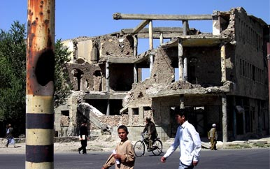 A man-made disaster in Kabul before the rebuilding efforts of 2002.  Photo by: Najim Azadzoi