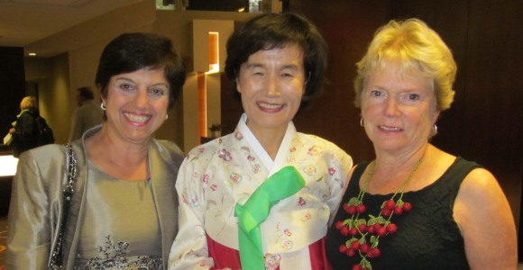 CNHS Dean Anahid Kulwicki, Dr. Haeok Lee, and Dr. Sally Rankin(UCSF)