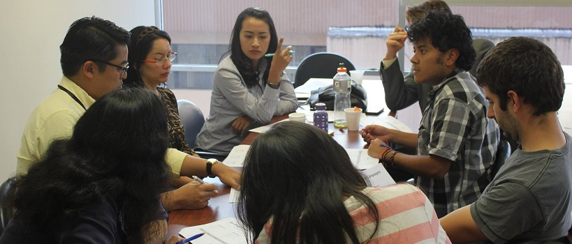 Students in negotiation training