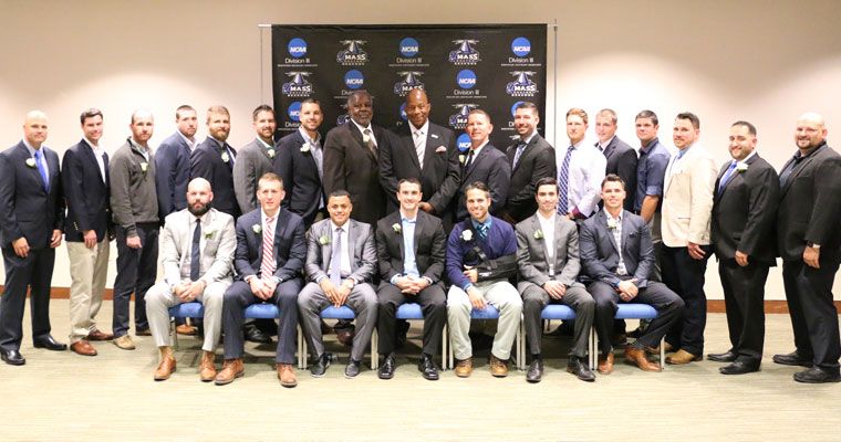 2010 UMass Boston Baseball Team