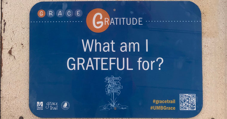 Image of a Gratitude sign on the Grace Trail.