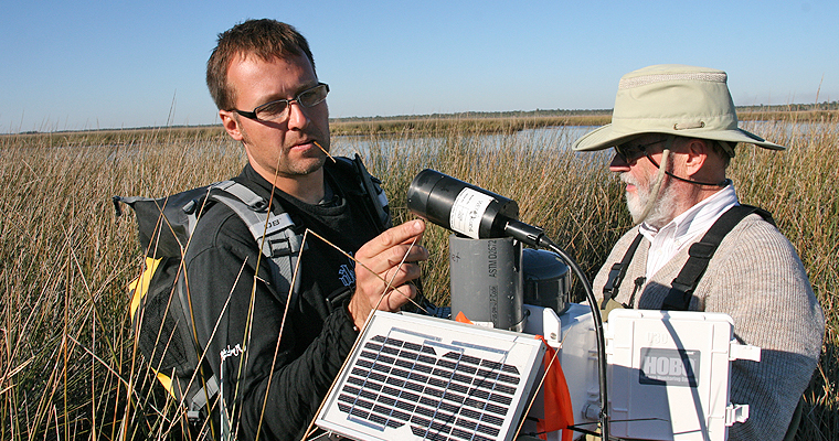 UMass Boston Professor Part of National Carbon Tracking Team