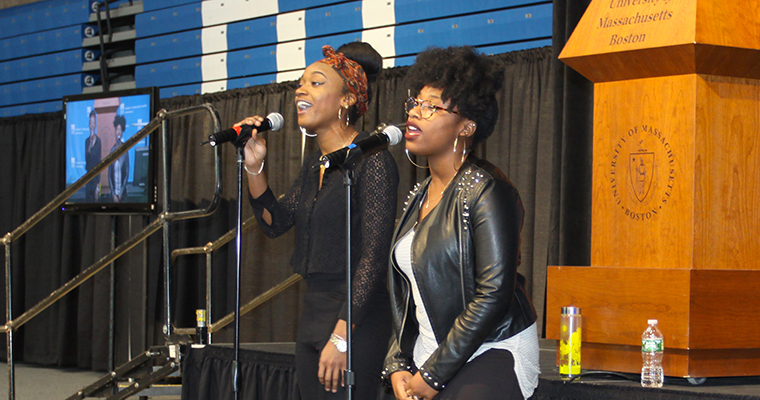 "Music students Aiden Thomas and Sasha White entertained the audience singing ""September"" by Earth, Wind & Fire."