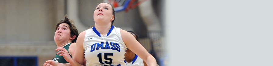 Women's basketball player Olivia Murphy has exceeded 1,000 rebounds.